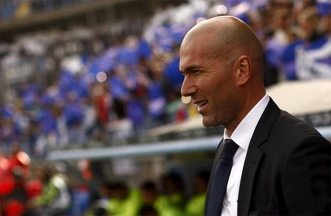 Ronaldo khoe cơ bắp và tuyên bố 'không cần ngày nghỉ' ảnh 6