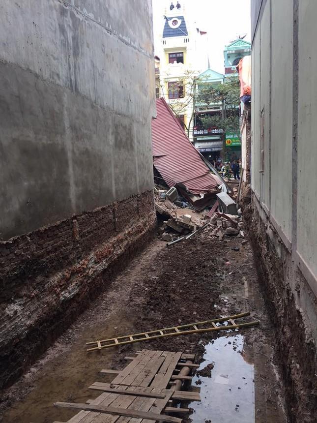 Lạng Sơn: Đào móng, làm đổ sập nhà hàng xóm ảnh 1