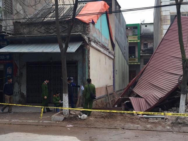 Lạng Sơn: Đào móng, làm đổ sập nhà hàng xóm ảnh 2