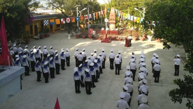 Quân dân Trường Sa nô nức đi bầu cử ảnh 1