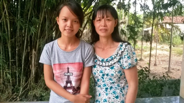 Nữ sinh 10 điểm môn Lịch Sử: Ám ảnh đôi tay chai sần của mẹ ảnh 1
