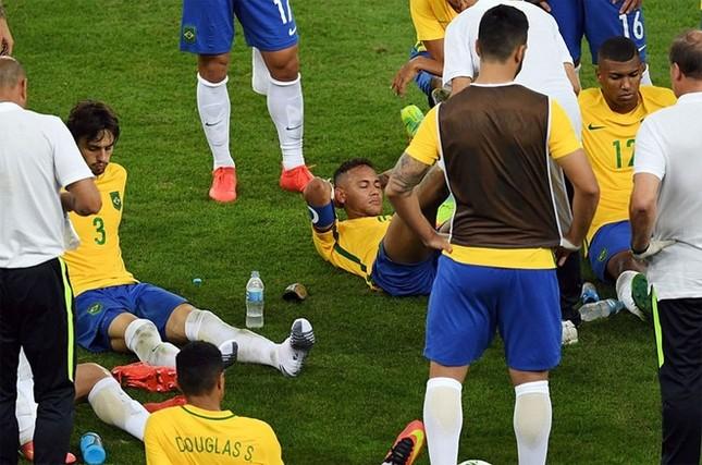 Neymar và khoảnh khắc đi vào lịch sử bóng đá Brazil ảnh 7