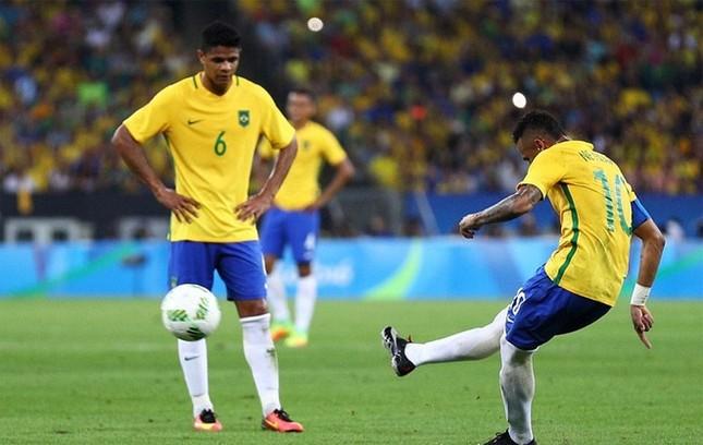 Neymar và khoảnh khắc đi vào lịch sử bóng đá Brazil ảnh 8