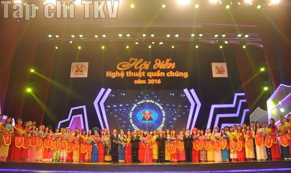 Khai mạc Hội diễn Nghệ thuật quần chúng TKV năm 2016 ảnh 2