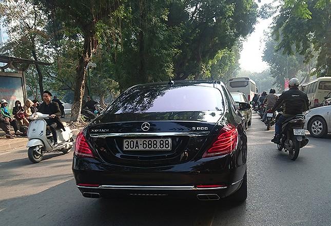 Tận thấy những biển số ô tô siêu đẹp trên đường phố Hà thành ảnh 8