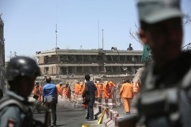 Đằng sau vụ đánh bom hơn 500 người thương vong ở Afghanistan ảnh 1