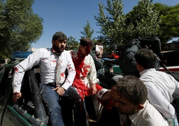 Đằng sau vụ đánh bom hơn 500 người thương vong ở Afghanistan ảnh 2