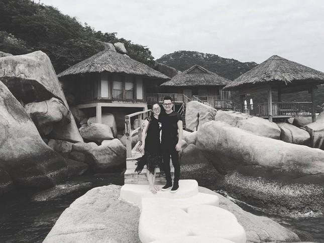 Linh Nga lần đầu công khai đăng ảnh tình cảm với bạn trai đại gia ảnh 1