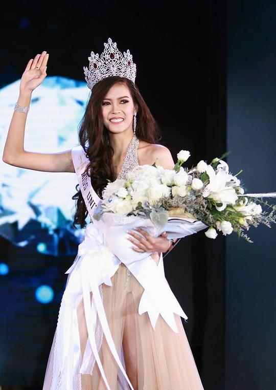 Cận cảnh nhan sắc Hoa hậu Hoàn vũ đầu tiên của Lào ảnh 5