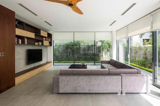 Biệt thự lấy cảm hứng từ nhà sàn ở khu nhà giàu Sài Gòn ảnh 7