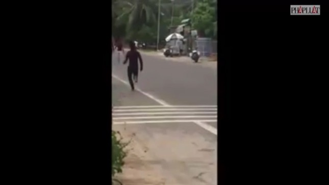 Cảnh sát nổ súng ngăn nhóm giang hồ 'làm loạn' ở Mũi Né ảnh 2