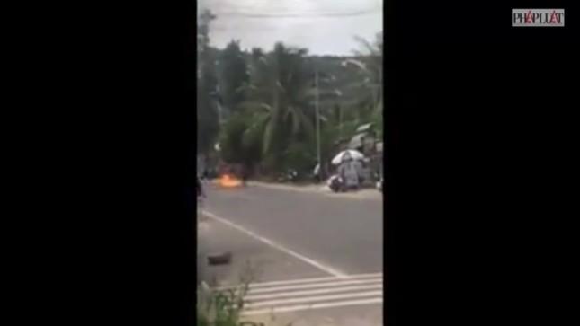 Cảnh sát nổ súng ngăn nhóm giang hồ 'làm loạn' ở Mũi Né ảnh 1