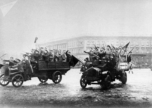Ảnh hiếm về cuộc Cách mạng Tháng Mười Nga 100 năm trước ảnh 4