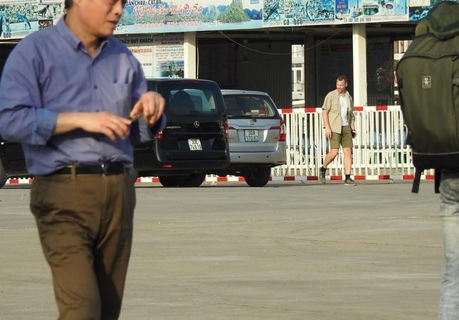 'Nữ tướng' Facebook thăm vịnh Hạ Long, đi thủy phi cơ về Hà Nội ảnh 3
