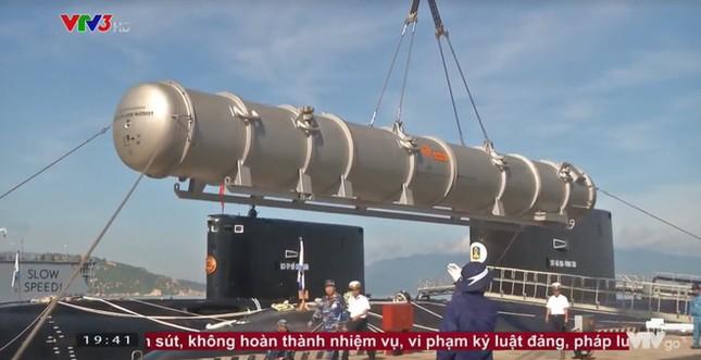 Tàu ngầm Kilo Việt Nam lần đầu phóng tên lửa Klub ảnh 2