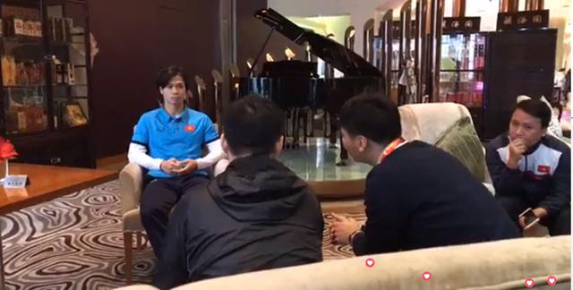 Trả lời truyền hình Trung Quốc, bộ đôi U23 Việt Nam đặt mục tiêu vô địch ảnh 1