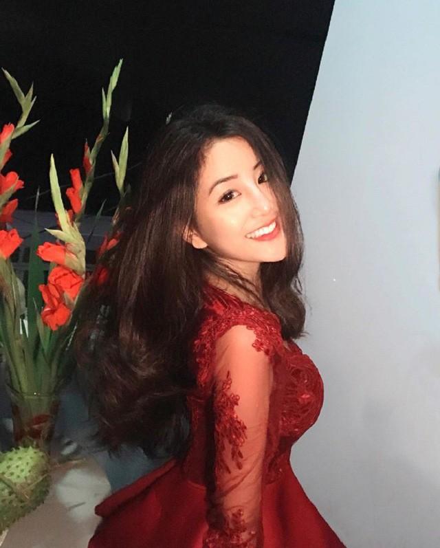 'Thiên thần áo dài' Việt được báo Hàn gọi là 'nữ thần không góc chết' ảnh 6