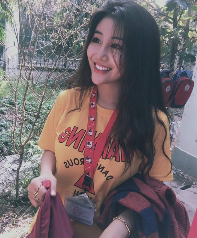 'Thiên thần áo dài' Việt được báo Hàn gọi là 'nữ thần không góc chết' ảnh 7