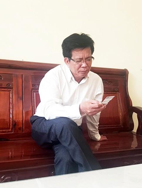 Vụ cô giáo quỳ gối: Ông Võ Hòa Thuận mong sự việc qua đi ảnh 1