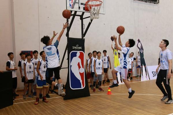 Hơn 8.000 thanh thiếu niên tham gia chương trình Jr. NBA Việt Nam ảnh 1