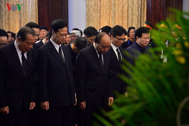 Toàn cảnh lễ viếng nguyên Thủ tướng Phan Văn Khải tại TPHCM và Hà Nội ảnh 10