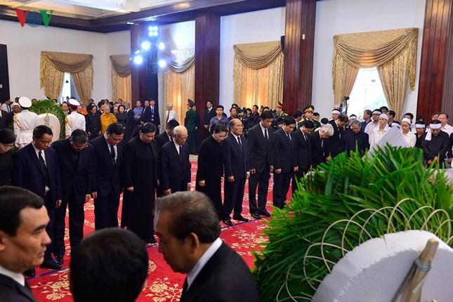 Toàn cảnh lễ viếng nguyên Thủ tướng Phan Văn Khải tại TPHCM và Hà Nội ảnh 12