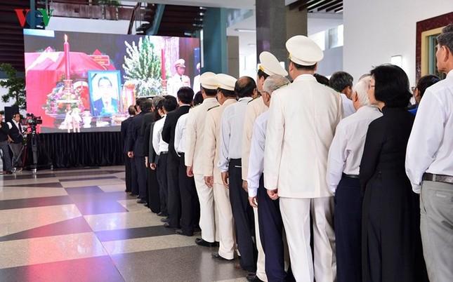 Toàn cảnh lễ viếng nguyên Thủ tướng Phan Văn Khải tại TPHCM và Hà Nội ảnh 15