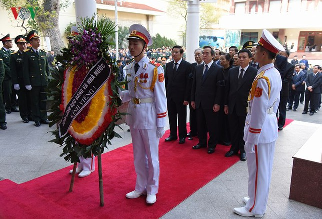 Toàn cảnh lễ viếng nguyên Thủ tướng Phan Văn Khải tại TPHCM và Hà Nội ảnh 16