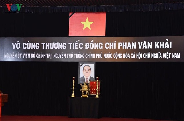Toàn cảnh lễ viếng nguyên Thủ tướng Phan Văn Khải tại TPHCM và Hà Nội ảnh 1