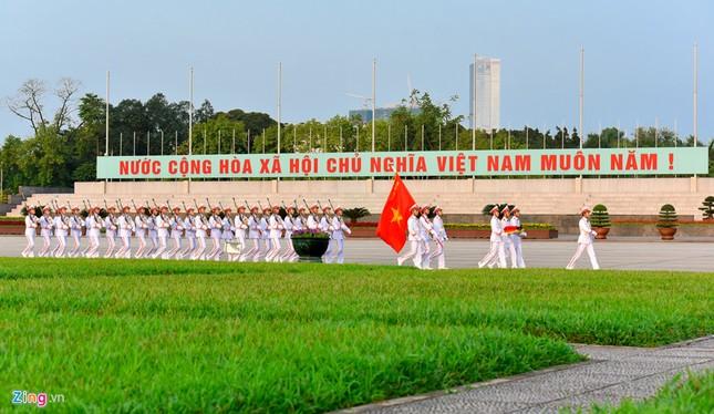 Lễ thượng cờ rủ quốc tang nguyên Thủ tướng Phan Văn Khải ảnh 1