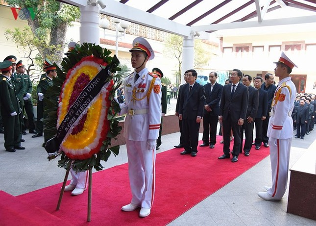Toàn cảnh lễ viếng nguyên Thủ tướng Phan Văn Khải tại TPHCM và Hà Nội ảnh 21