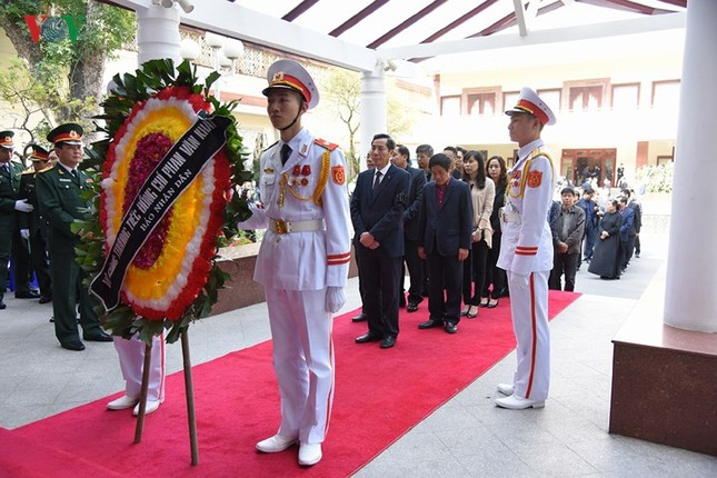 Toàn cảnh lễ viếng nguyên Thủ tướng Phan Văn Khải tại TPHCM và Hà Nội ảnh 23