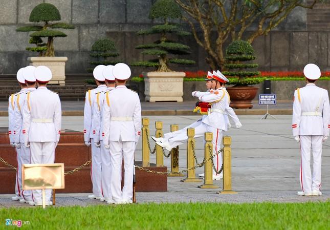 Lễ thượng cờ rủ quốc tang nguyên Thủ tướng Phan Văn Khải ảnh 2