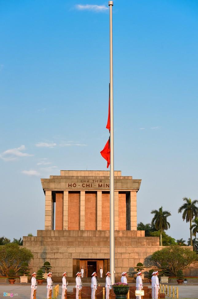 Lễ thượng cờ rủ quốc tang nguyên Thủ tướng Phan Văn Khải ảnh 3