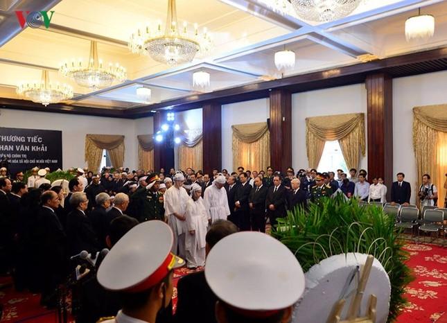 Toàn cảnh lễ viếng nguyên Thủ tướng Phan Văn Khải tại TPHCM và Hà Nội ảnh 3