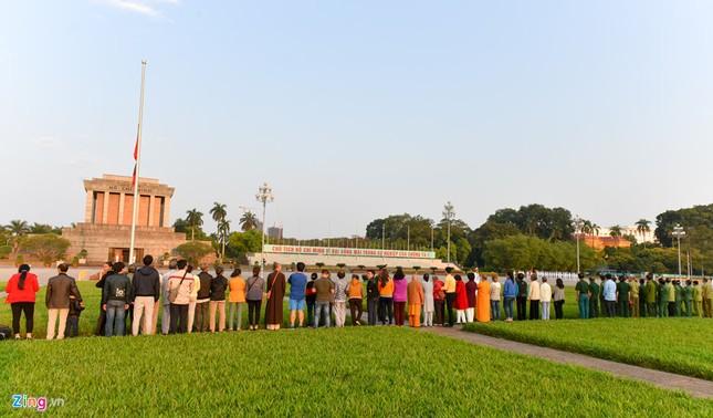 Lễ thượng cờ rủ quốc tang nguyên Thủ tướng Phan Văn Khải ảnh 5