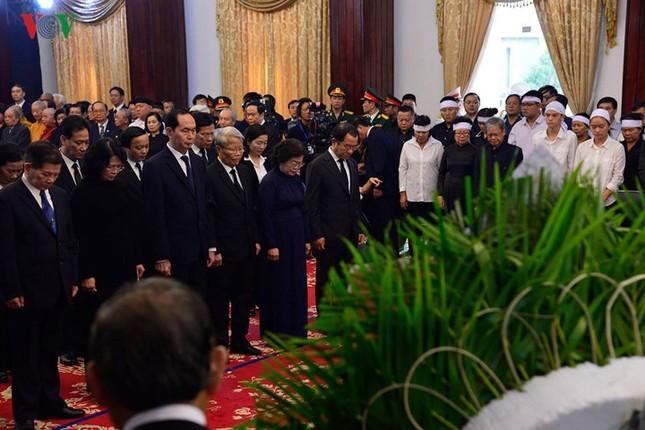 Toàn cảnh lễ viếng nguyên Thủ tướng Phan Văn Khải tại TPHCM và Hà Nội ảnh 7