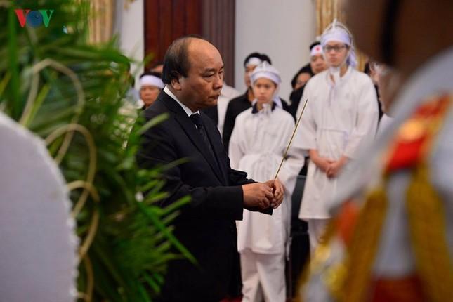 Toàn cảnh lễ viếng nguyên Thủ tướng Phan Văn Khải tại TPHCM và Hà Nội ảnh 9