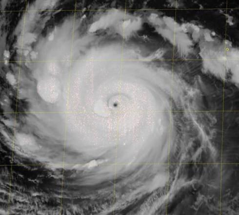 Lại xuất hiện siêu bão Trami gần Biển Đông ảnh 1