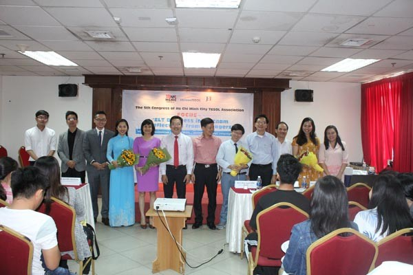 Điều hành Trung tâm tiếng Anh tại Việt Nam: Thực tiễn từ nhà quản lý ảnh 1