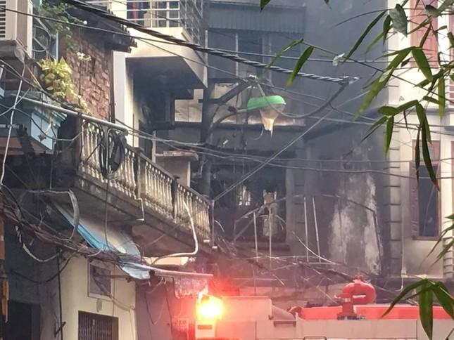 Cháy lớn tại quán karaoke 4 tầng ở Hà Nội ảnh 2