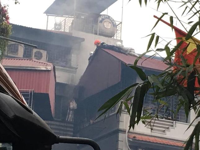 Cháy lớn tại quán karaoke 4 tầng ở Hà Nội ảnh 3
