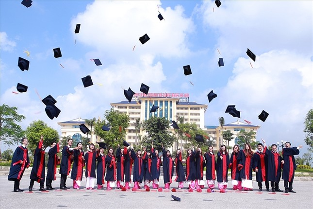 Vì sao nên lựa chọn Trường Đại học Kinh doanh và Công nghệ Hà Nội ảnh 2