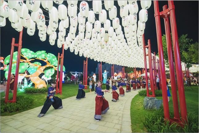 """Kỳ quan"""" vườn Nhật và cuộc sống đáng mơ ước tại Vinhomes Smart City ảnh 1"""