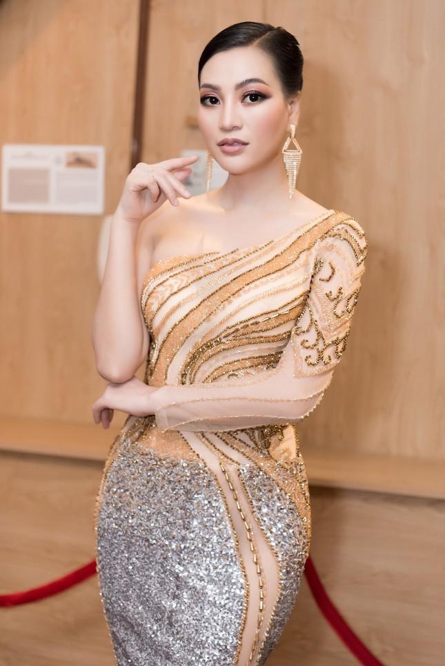 CEO Trần Huyền Nhung body chuẩn tựa người mẫu ảnh 2