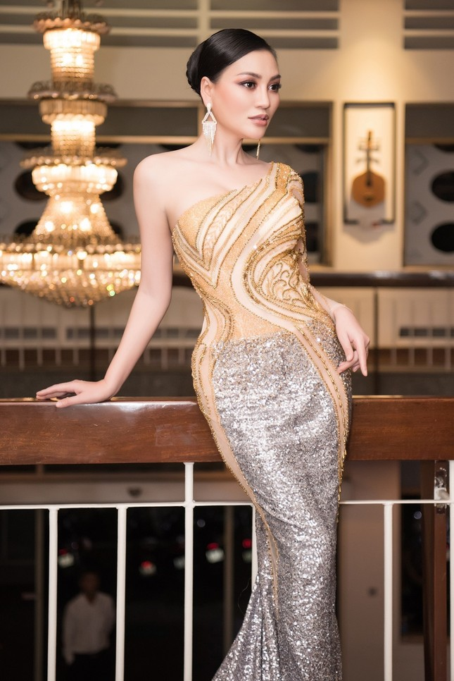 CEO Trần Huyền Nhung body chuẩn tựa người mẫu ảnh 4