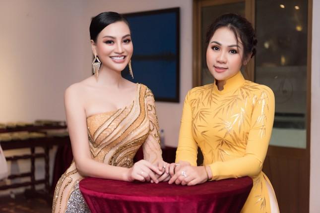 CEO Trần Huyền Nhung body chuẩn tựa người mẫu ảnh 6