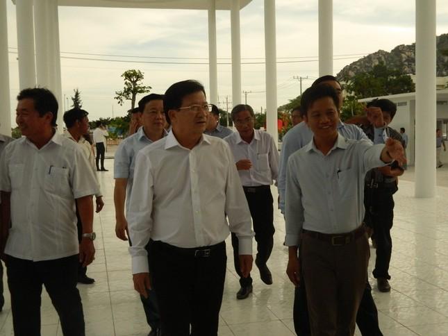 Phó Thủ tướng thăm ngôi trường Trung Nam group xây tặng học sinh nghèo ảnh 1
