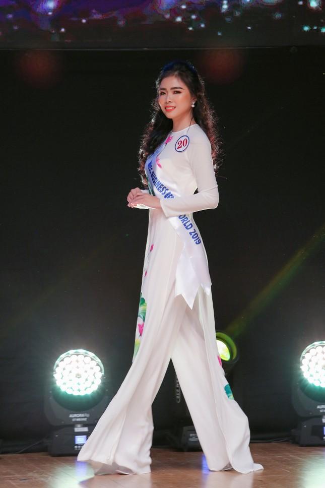 Đặng Thu Thảo đăng quang cuộc thi Hoa hậu Doanh Nhân Sắc Đẹp Thế Giới 2019 ảnh 2