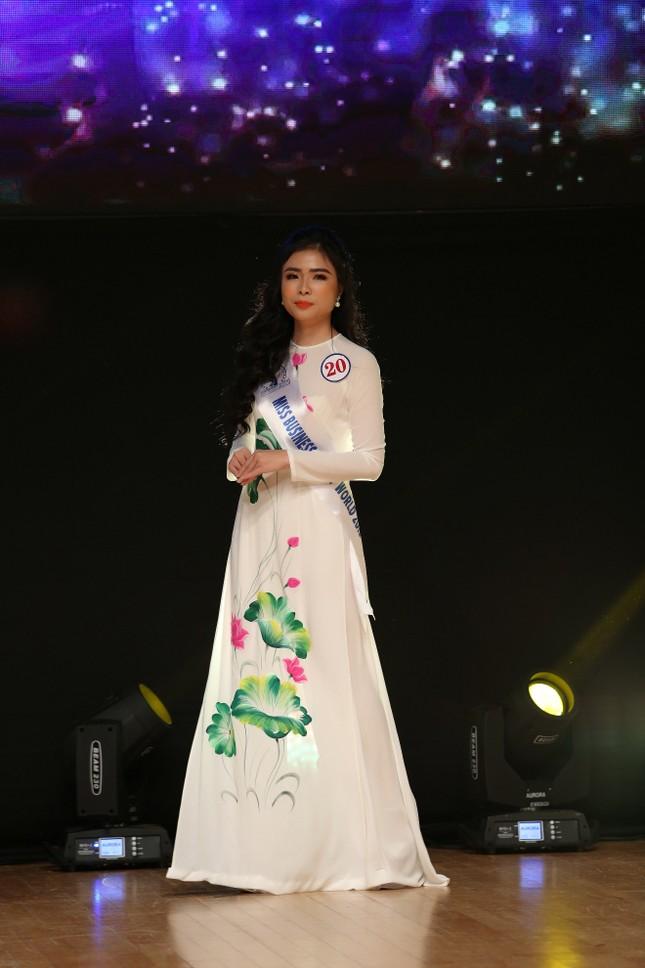 Đặng Thu Thảo đăng quang cuộc thi Hoa hậu Doanh Nhân Sắc Đẹp Thế Giới 2019 ảnh 3